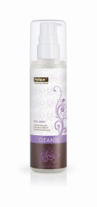 Frutique - Berry Berry Purifying Cleanser